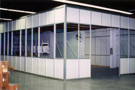 Tabiques sanitarios divisores de oficinas aberturas for Cerramientos oficinas